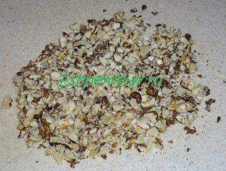 Порезанные грецкие орехи