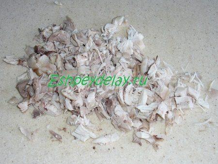 Мясо курицы порезанное кусочками