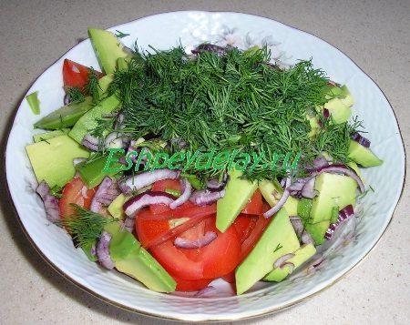 Овощи сложенные в миску