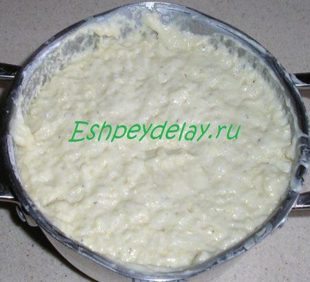 Подошедшее тесто для пшенных оладий