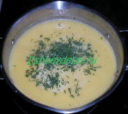 Готовый суп - пюре с зеленью