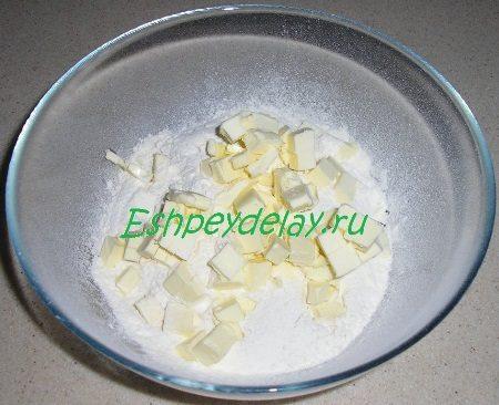 Мучная смесь с маслом