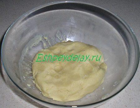 Готовое медово - имбирное тесто