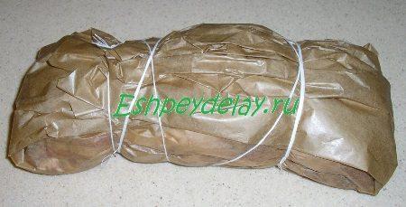 Перевязанный пакет с бужениной