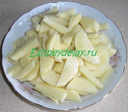 Порезанный для супа картофель