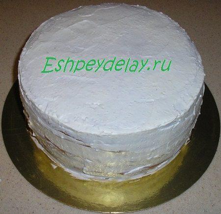 Торт покрытый сливками
