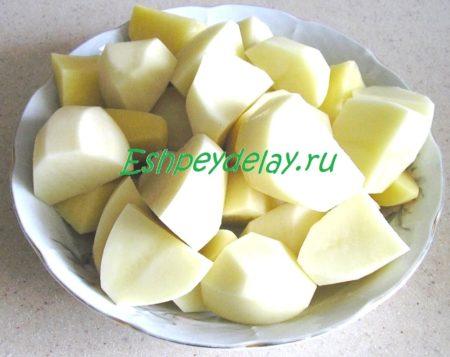 Крупно порезанный картофель