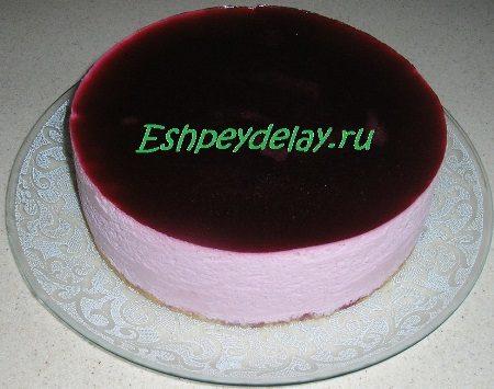 Готовый торт суфле из смородины