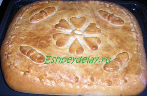 пирог с рисом и комсервами