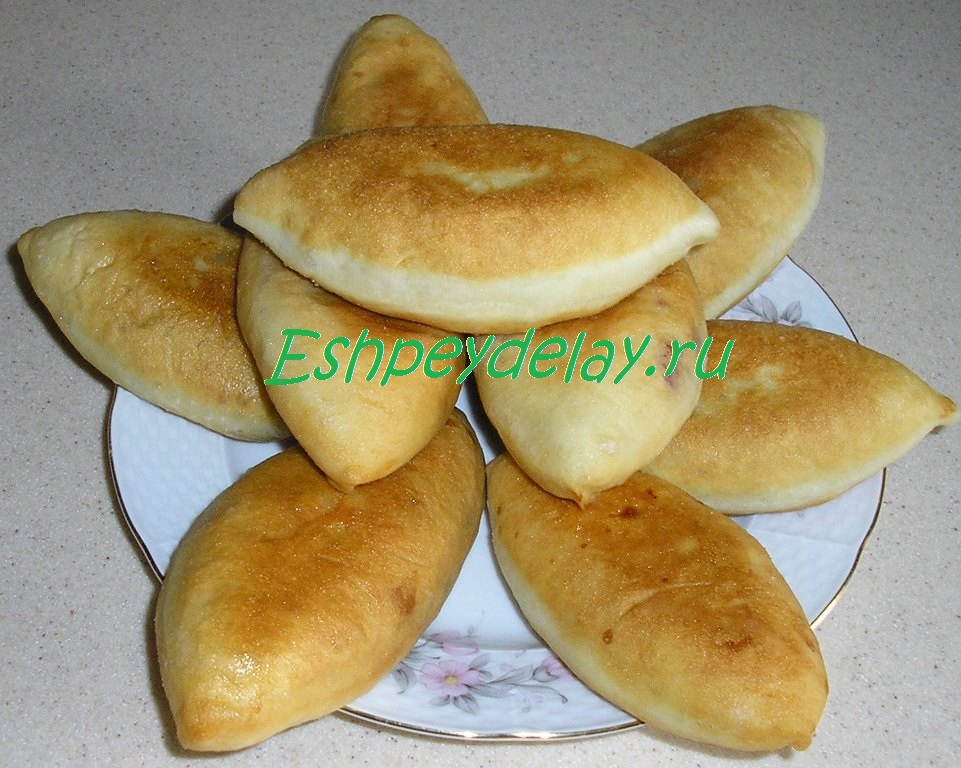 пирожки с жимолостью
