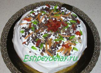 Торт Павлова с орехами и шоколадом