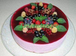 Торт суфле из черной смородины