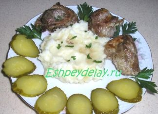 Свинина в сметанно - горчичном соусе